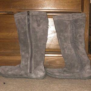 Ugh Mammoth Fringe Boots